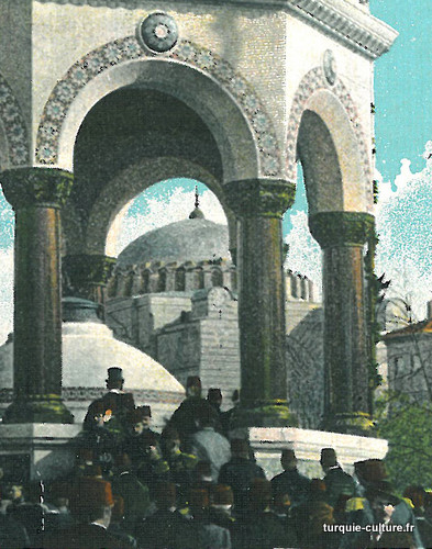 istanbul-fontaine-guill-1902-1a.jpg